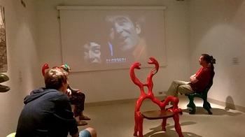 ブログニキ椅子2.jpg